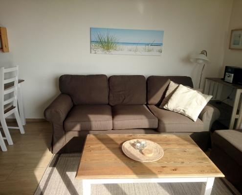 Ferienwohnung Grömitz -Wohnbereich mit Sofa